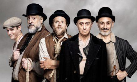 Godot no llega, pero hipnotiza, en el Teatro Bellas Artes