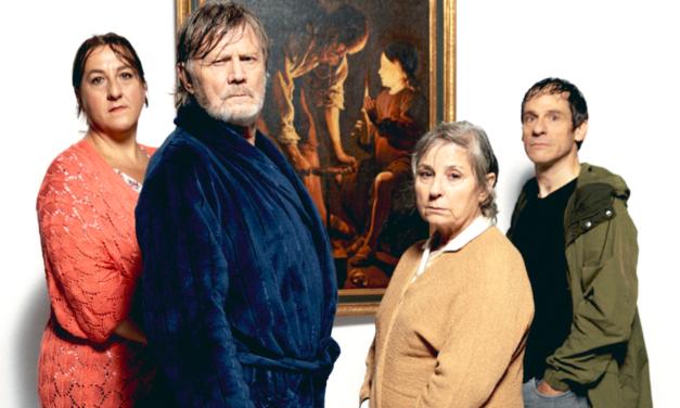 El próximo jueves 12 de noviembre César Camino estrena una comedia cruda EN EL TEATRO LARA: 'Familia Camino'